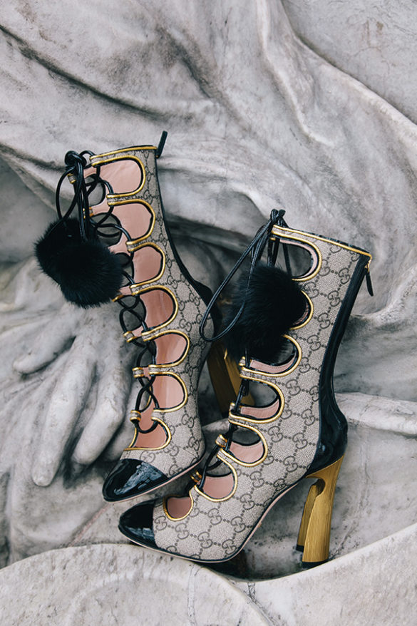 Gucci Cut-Out Stiefel