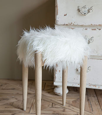 Fake-Fur Hocker Flamant